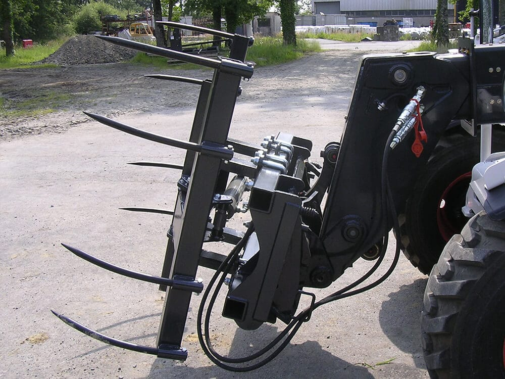 Bale Handler With Tines